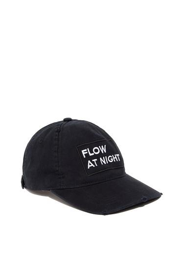 Mavi Şapka Siyah